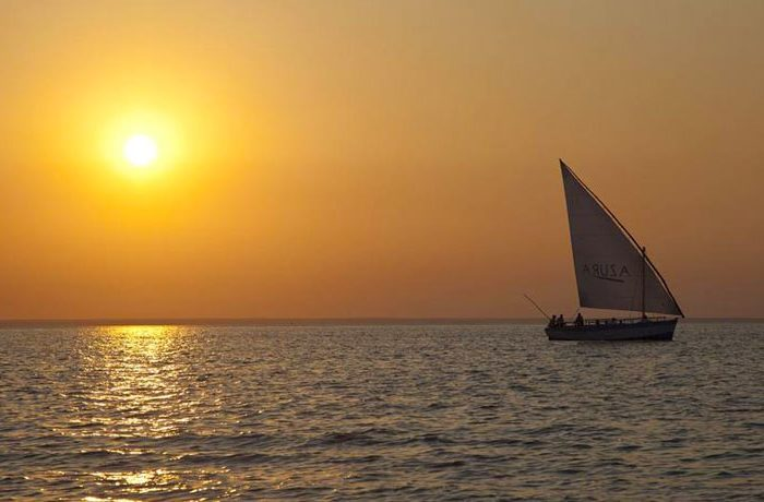 azura-benguerra-sunset-with-dhow-sailing-landscape