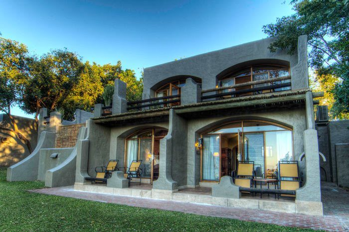 chobe-game-lodge-rooms-facing-the-river